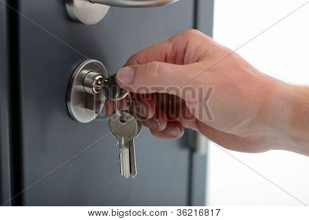 locking door