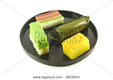 Exotic Small Cakes