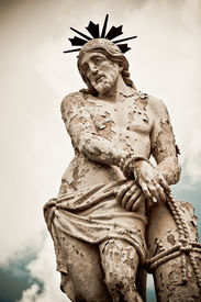 pic of flogging  - A statue of Jesus Christ flogged - JPG