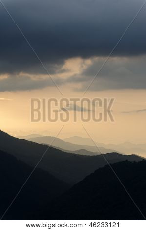 Stormy Smokey Mountains