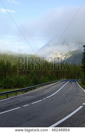 Estrada panorâmica nas Dolomitas