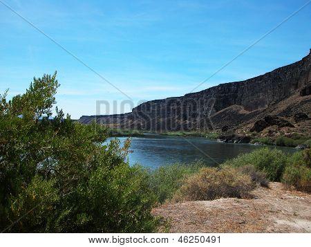 Snake River Birds of Prey