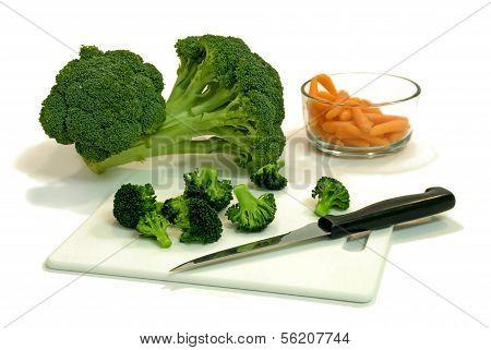 cut broccoli and carrots