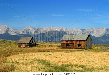 Norwegian 1700's Style Barns In Montana