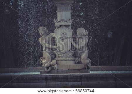 Water fountain in Retiro Park (Parque del Retiro) in Madrid