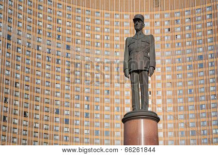 General De Gaulle Monument In Moscow