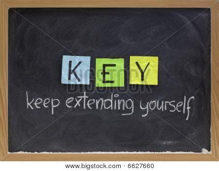 Mantener que se extiende a sí mismo - acrónimo de motivación