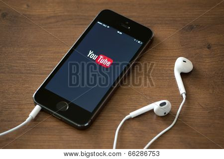 Youtube Application On Apple Iphone 5S