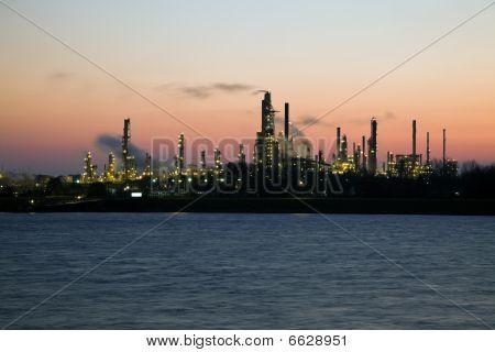 Refinery In Canada