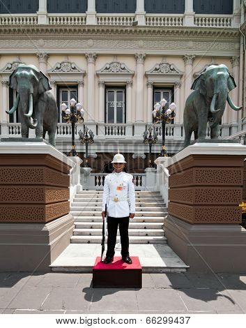 Kings Guard In Grand Royal Palace. Bangkok Thailand
