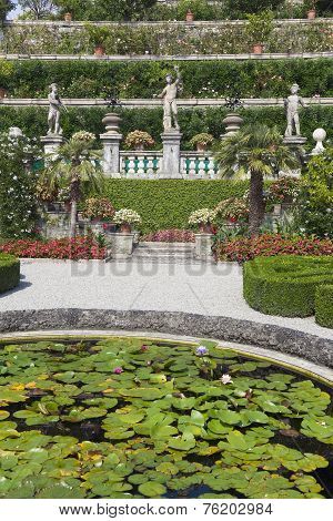 Isola Bella - Septembre 14. Isola Bella In The Borromean Islands On Septembre 14, 2014. Gardens Of T