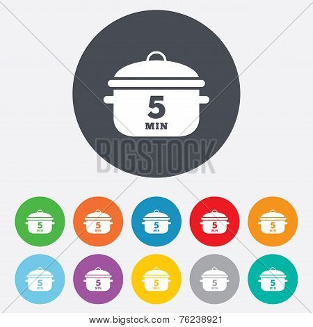 Boil 5 minutes. Cooking pan sign icon. Stew food
