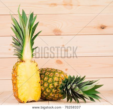 pineapple fruit and pulp