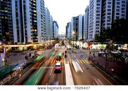 busy traffic in hong kong