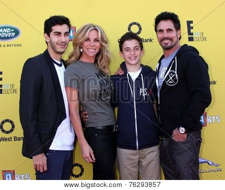 LOS ANGELES - NOV 16:  Cindy Ambuehl, Don Diamont, family at the PS Arts Express Yourself Benefit at the Barker Hanger on November 16, 2014 in Santa Monica, CA