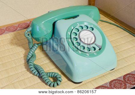 Retro Rotary Telephone