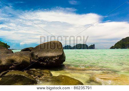 Beautiful Sea Big Stones
