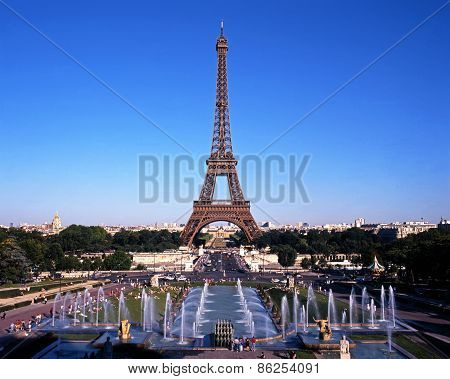 Eiffel Tower, Paris.