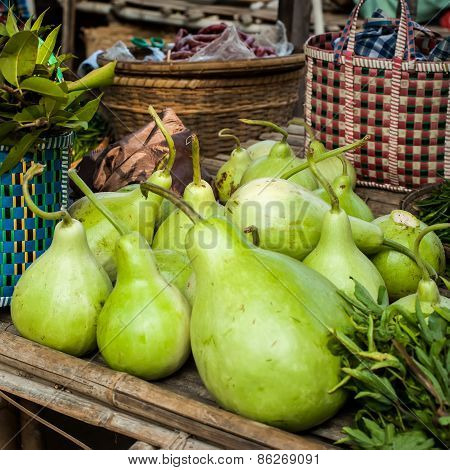 Bottle Green Gourds ( Calabash )
