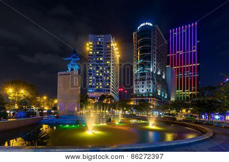 Night View Of The Me Linh Square And Buildings Aroun