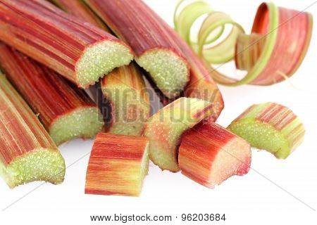 Rhubarb with cut pieces