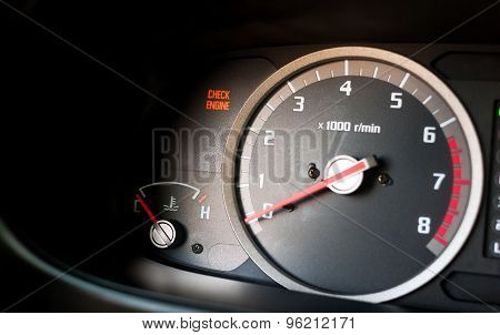Check engine light on - Dashboard warning light