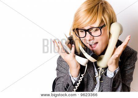 geschäftsfrau mit drei Telefone