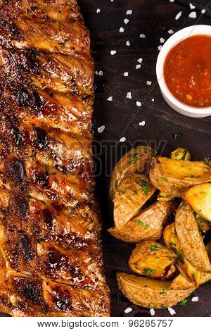 Roasted Bbq Ribs With Fry Potatoes And Souce