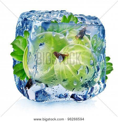 Gooseberry in ice cube