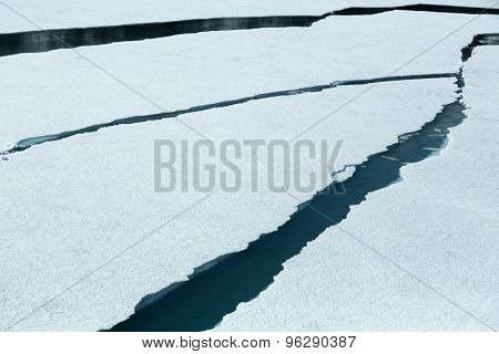 Cracking Ice in Glacier Bay