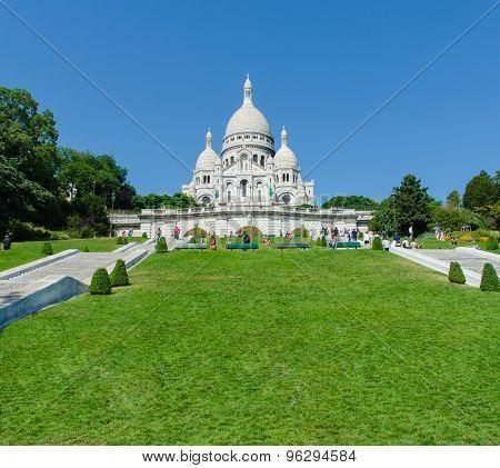 Paris - SEPTEMBER 12, 2012: Basilique du Sacre Coeur on September 12 in Paris, France. Basilique du Sacre Coeur is popular tourist destination