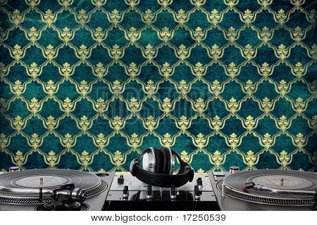 Turntables, Headphones & Sound Mixer