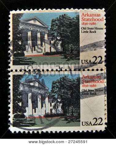 USA - CIRCA 1986: Stamps printed in the USA shows Arkansas Statehood - Old State House Little Rock, circa 1986.