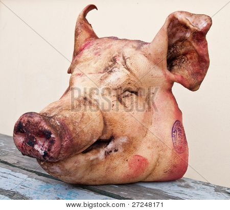 Pig's head chopped off