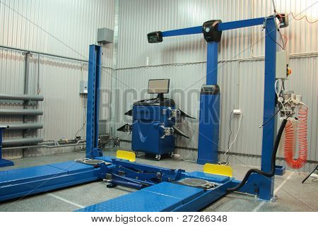 camber stand in a service center