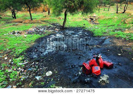 Bodenverschmutzung mit petrochemischen Produkten