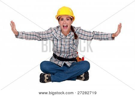 Carpinteiro de mulher gritando