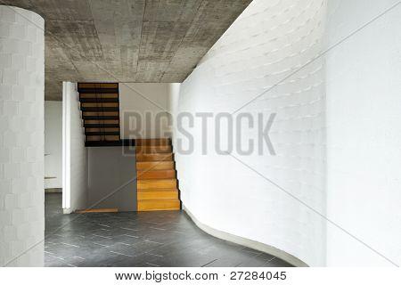 innen modern Villa, Passage, hölzerne Treppe
