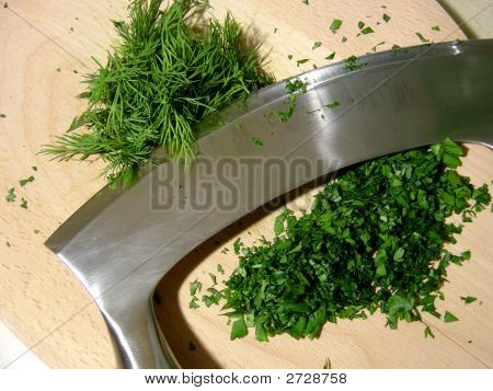 Mezza Luna Chopping Herbs