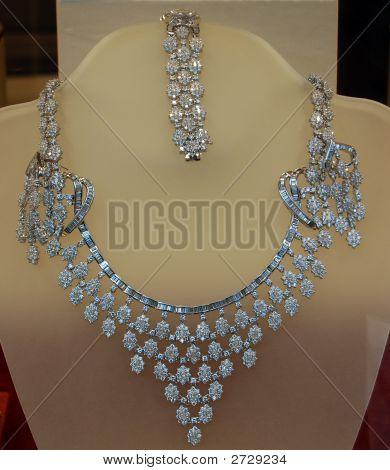 Necklace, Jewel