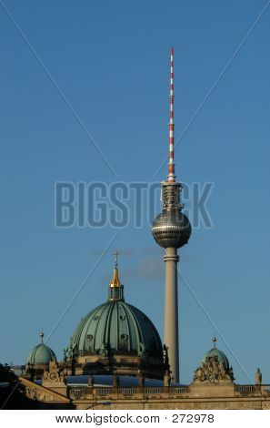 Berlin... Alexanderplatz