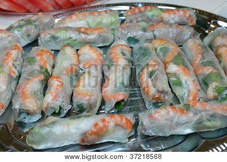 Vietnamese Fresh Rice Paper Rolls