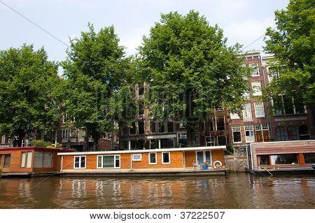 Amsterdam Living Boat