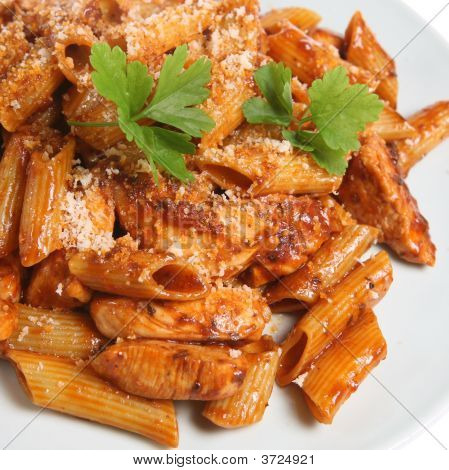 Rigatoni Pasta With Chicken