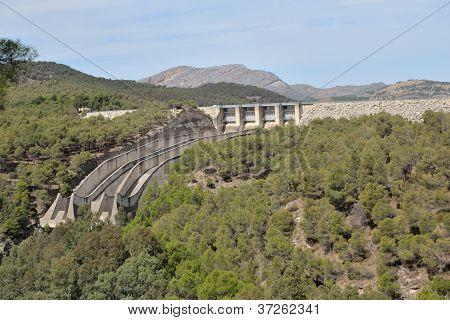 Dam Ardales