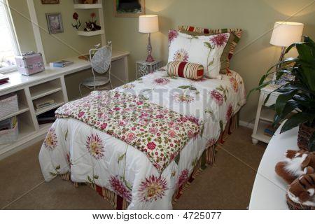 Luxury Home Kids Bedroom.