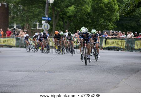 Cycling Teams Compete For Lead
