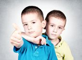 foto of fraternal twins  - Selective focus on the little boy behind - JPG