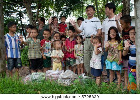 Refugiados Hmong en Idc Nong Khai, Tailandia