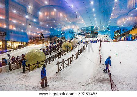 Ski Dubai Is An Indoor Ski Resort With 22,500 Square Meters Of Ski Area